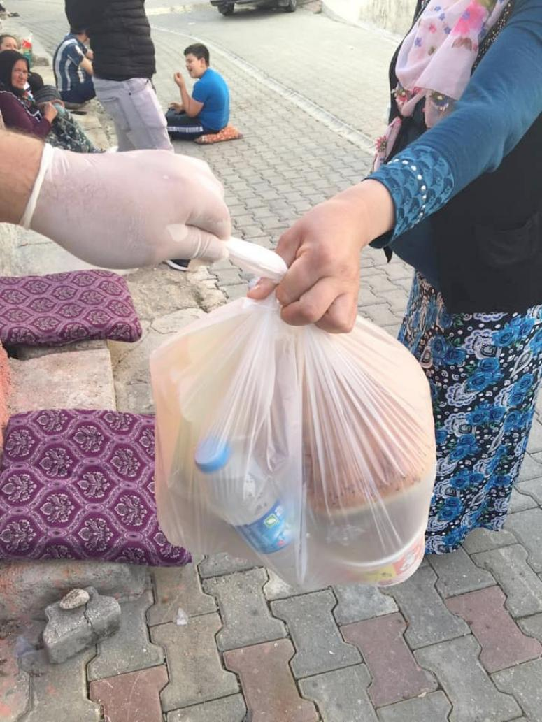 10 bin ihtiyaç sahibine yemek dağıtıldı