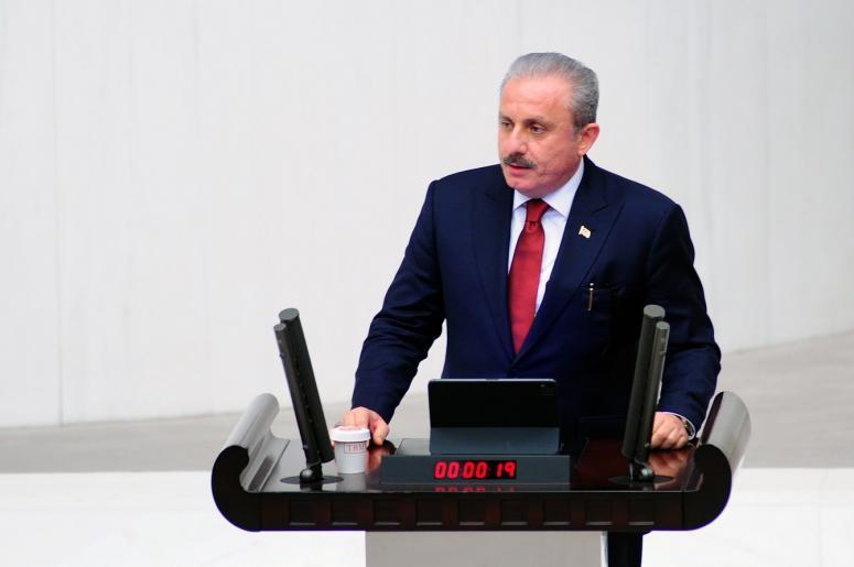 TBMM Genel Kurulu'nda yapılan seçimle Mustafa Şentop yeniden TBMM Başkanı seçildi.