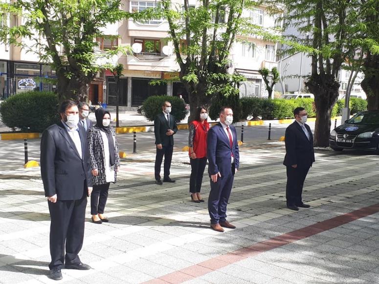 19 Mayıs Atatürk'ü Anma, Gençlik ve Spor Bayramı dolayısıyla tören düzenlendi.
