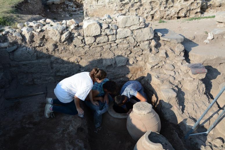 Amorium Antik Kenti'nde Bizanslılar'dan kalma tahıl ambarı bulundu