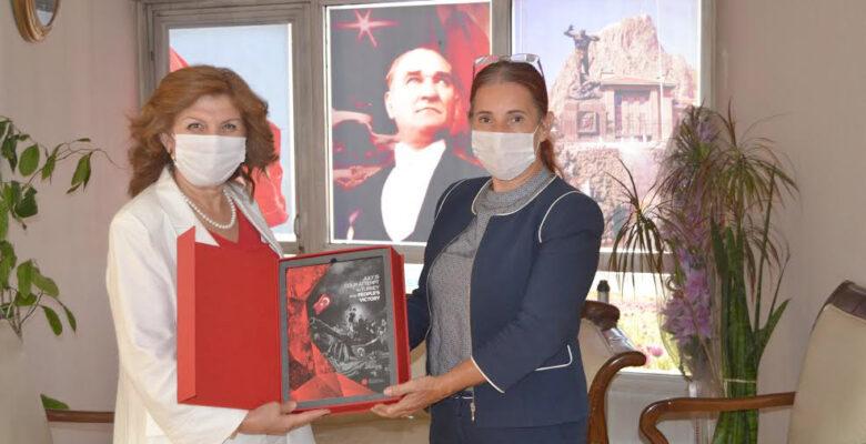Burcu'dan Gün FM'e ziyaret