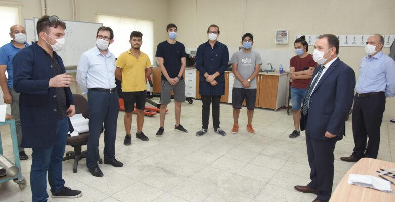 Rektör Karakaş, KirkorDivarcı Roket Takımını Ziyaret Etti