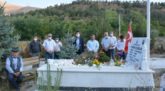 Şuhut'ta Şehit Aileleri Ve Kabristanlar Ziyaret Edildi