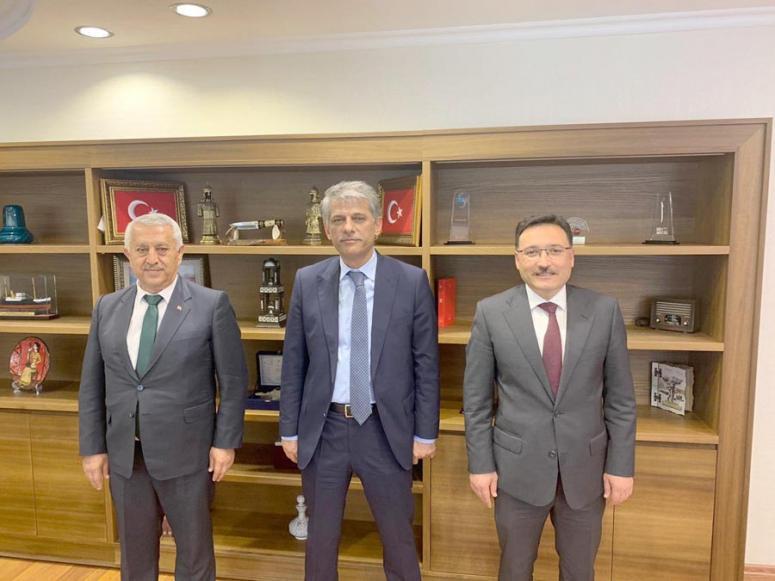 Afyon heyeti Ankara'ya çıkarma yaptı