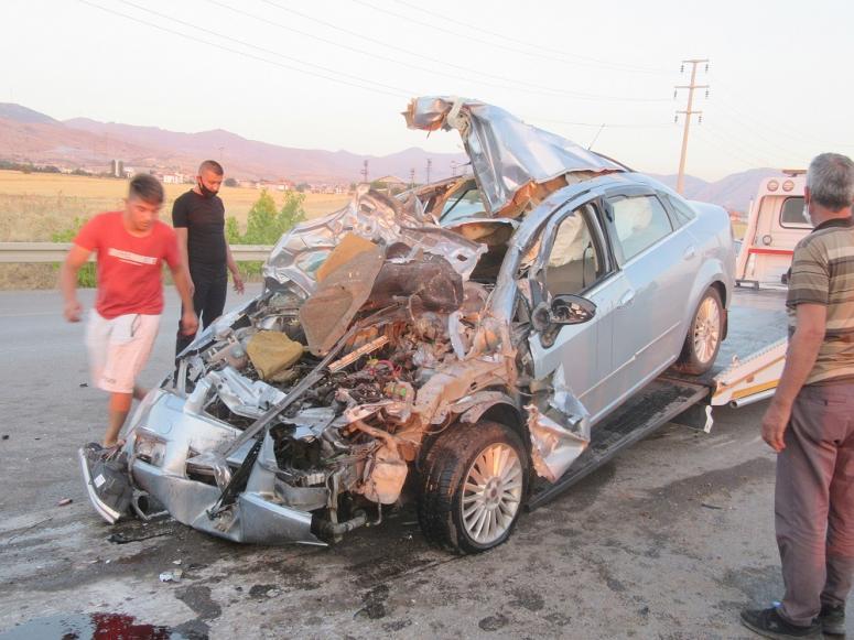 Afyonkarahisar'da zincirleme trafik kazası: 4 yaralı
