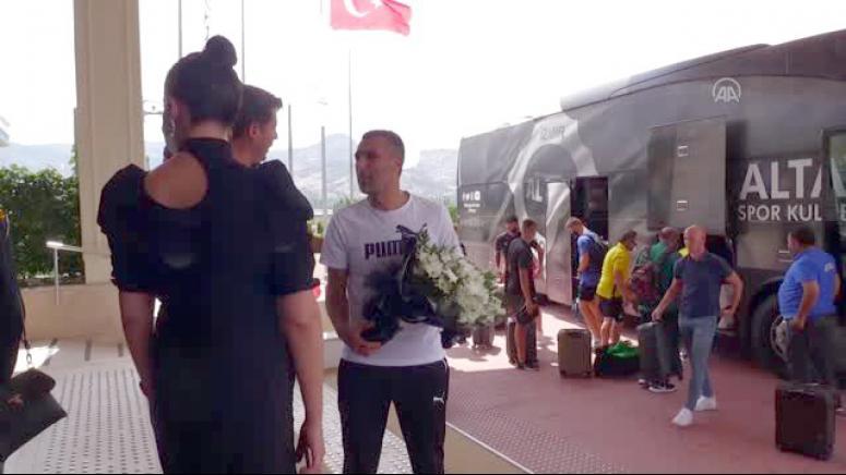 Antalyaspor ve Altay Afyonkarahisar'da kampa girdi