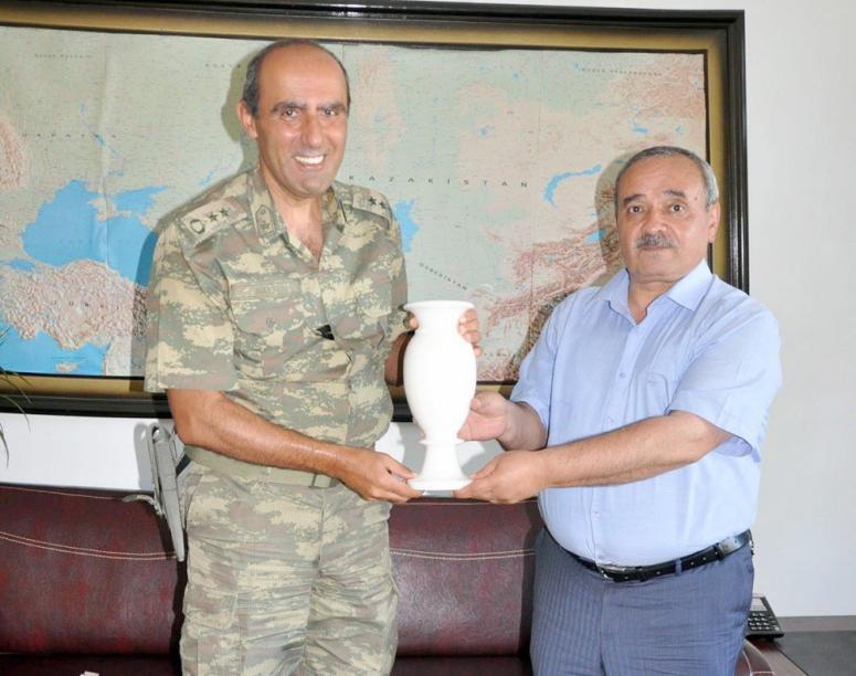 Başkan Şahin, Yarbay Nayir'i ziyaret etti