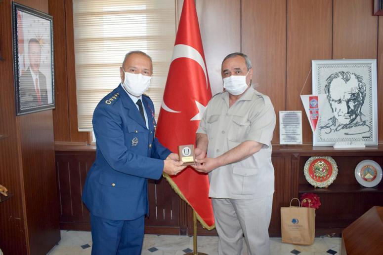 Büyüköztürk'ten Başkan Şahin'e ziyaret