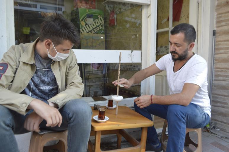 Çay Evi' ile arkeoloji bilimini tanıtıyor