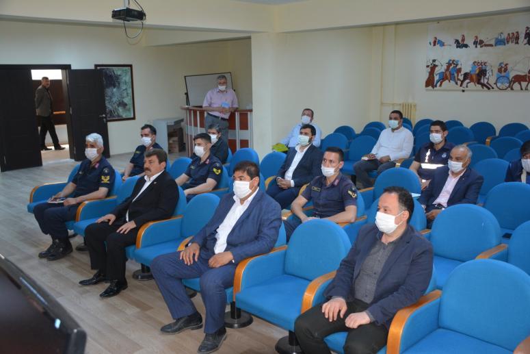 Dinar'da istişare toplantısı yapıldı