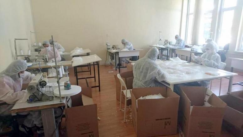 Dinar MYO günlük 5 bin maske üretimi yapılıyor