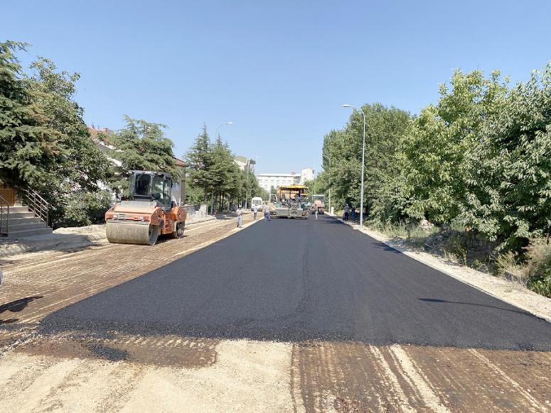Erkmen Beldesi'nde asfalt çalışmaları sona erdi