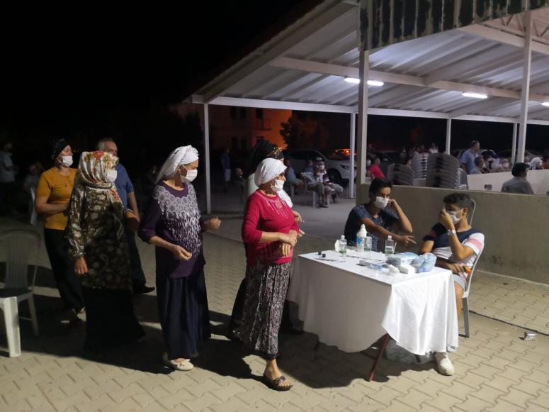 Marmaris'te düğünler Kovid-19 tedbirleriyle yapılıyor