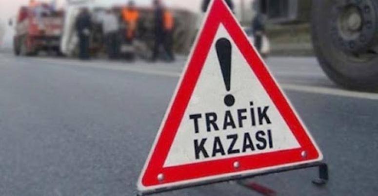 Motosiklet kazasında 2 kişi yaralandı