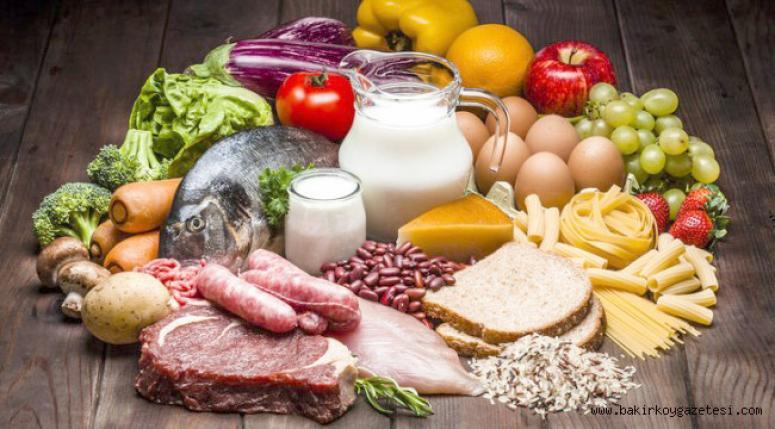 Pandemi döneminde sağlıklı beslenmeye dikkat edin.