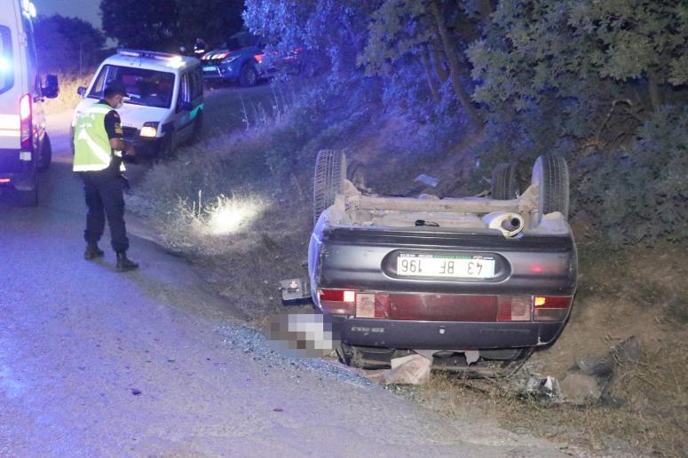 Polis'ten kaçarken devrilen araçta 1 kişi öldü