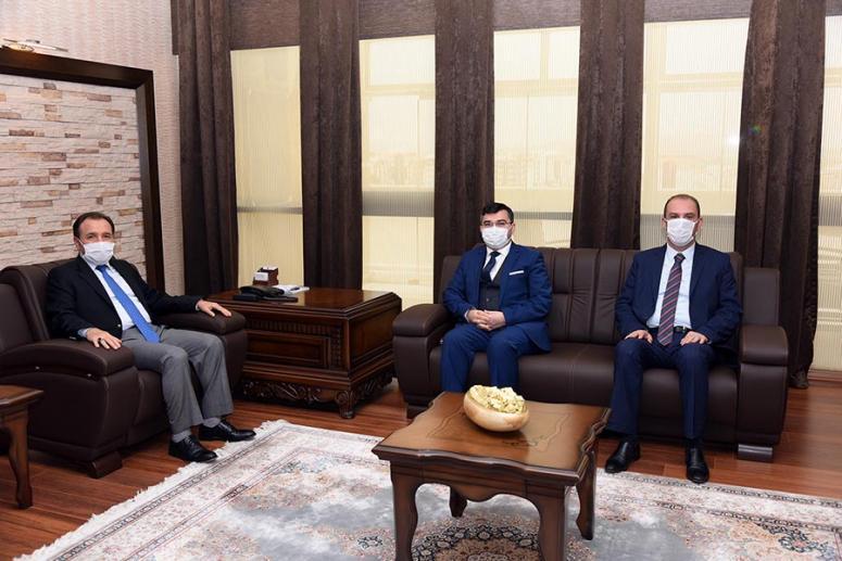 Rektör Karakaş Ziraat Bankası Yetkililerini Kabul Etti