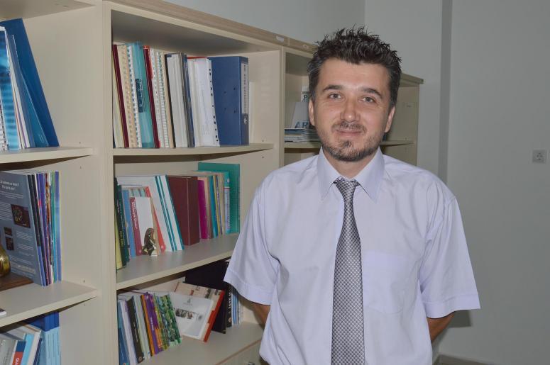 """Türkiye ile Almanya'daki üniversite """"tavuk karası"""" için çare arayacak"""