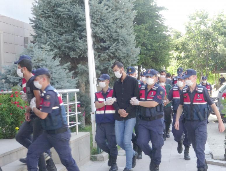 Uyuşturucu operasyonunda 15 kişi tutuklandı