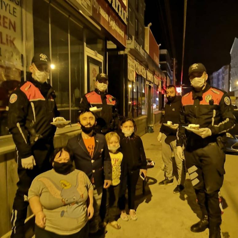 Kubaş ailesinden polislere sürpriz