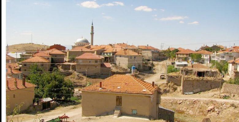Afyon'da Tarihi Bir Köy
