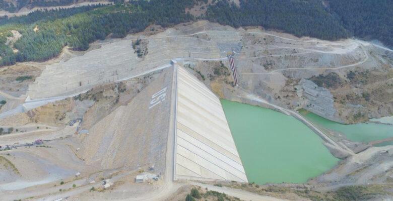 Bölgenin en büyük barajında su tutulmaya başlandı