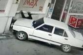 Ehliyetsiz sürücü petrol istasyonu çalışanına çarparak kaçtı