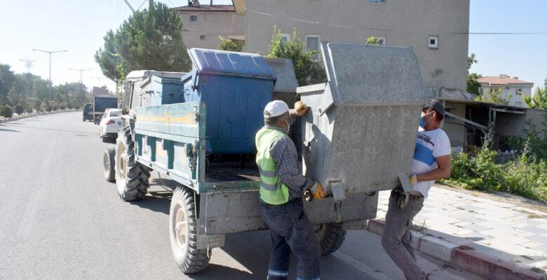 Eskiyen Çöp Konteynerleri Yenileriyle Değiştiriliyor