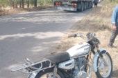 Kamyonete çarpan motosiklette iki kişi yaralandı