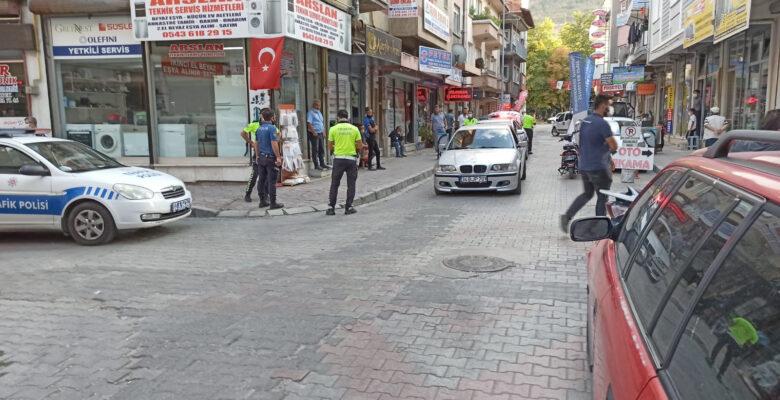 Polisin üstüne otomobil süren şahıs yakalandı