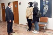 Rektör Karakaş öğrenci kayıt merkezini ziyaret etti