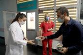 Sağlık çalışanlarına aşure ikramı