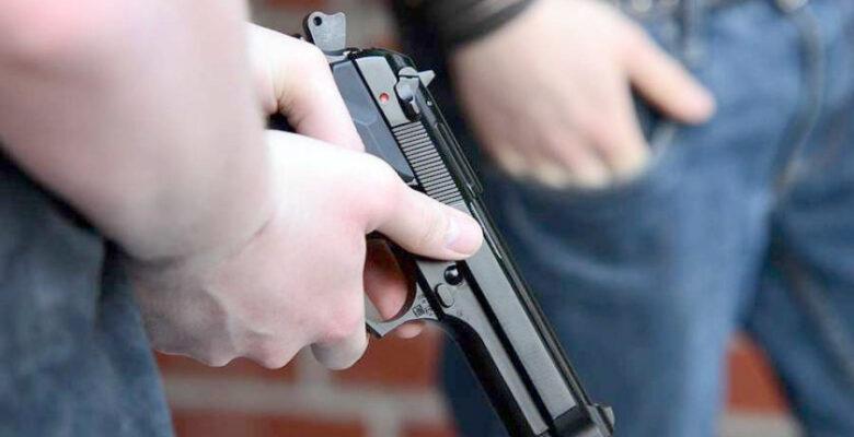 Silahlı kavgada bir kişi hayatını kaybetti