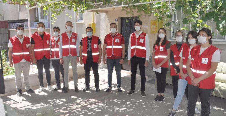 Türk Kızılay Zafer Bayramı'nda çocukları sevindirdi