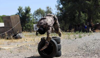 Özel Harekat'tan 35 derece sıcakta zorlu eğitim: Yerli silah 'Çılgın kız' dikkat çekti
