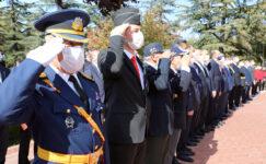 Cumhuriyetin 97. Yılı Nedeniyle Atatürk Anıtı'na Çelenk Sunuldu