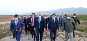 Bakan Karaismailoğlu, Afyonkarahisar'da tarihi köprüyü inceledi