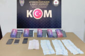 Evinde kaçak cep telefonu satan şahsa polis operasyonu