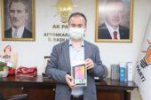 Başkan Uluçay'dan 'askıda tablet' kampanyasına destek