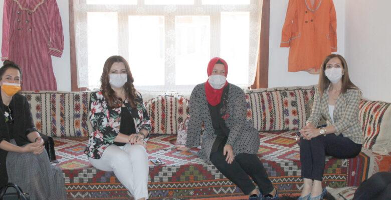 TOBB Kadın Girişimciler Kurulu, Sandıklı Kadın Kültür Evi'ni ziyaret etti