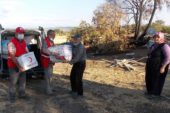 Evi yanan aileye Kızılay'dan yardım eli