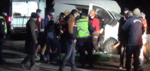 Afyonkarahisar'da yolcu otobüsü ile kamyonet çarpıştı: 1 ölü, 5 yaralı