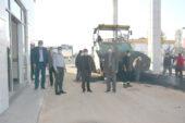 Dinar Devlet Hastanesi bahçesine sıcak asfalt serimi başladı