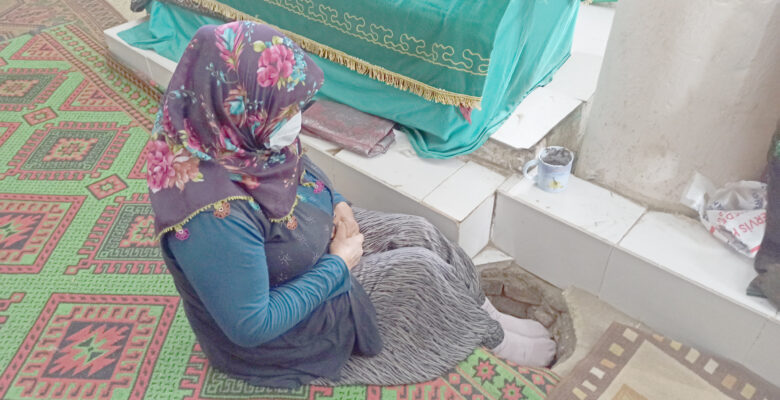 Malik Bin Şebib türbesine ziyaretçi akını