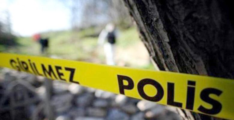Polis boğazı kesik kadının cesedi buldu