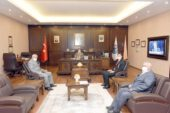 Rektör Karakaş, Gazi Öztürk'e yeni görevinde başarılar diledi