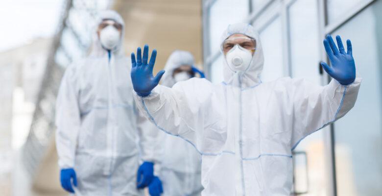 """AHEF: """"Sağlıkçılar pandemi'nin günah keçisi değil"""""""