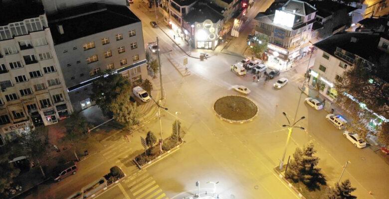 Sokağa çıkma kısıtlamasında kent sessizliğe büründü