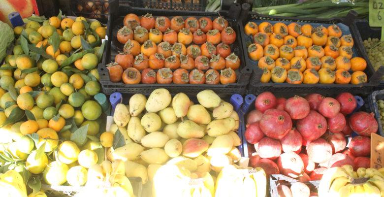 Kış meyve ve sebzeleri tezgahlarda yerini aldı