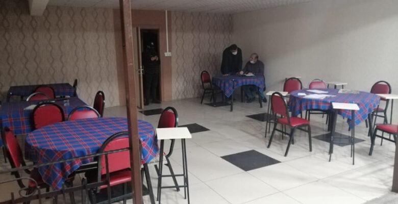 Mühürlü işyerinde kumar oynayanlara 118 bin lira ceza kesildi